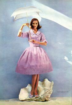 Seventeen Magazine April 1959, photo by Francesco Scavullo