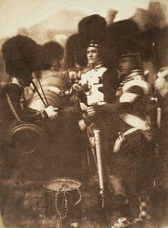 92nd Gordon Highlanders at Edinburgh Castle, Robert Adamson, David Octavius Hill, April 1846 National Gallery of Scotland