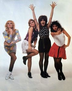 Susanna Hoffs, Rock N Roll Music, Rock And Roll, The Bangles Band, Michael Steele, Heavy Metal Girl, Girl Bands, 80 Bands, Women Of Rock