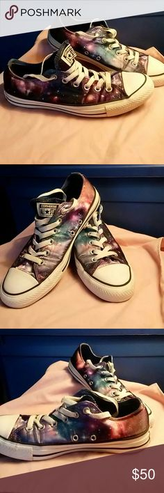 Sz7 / sz8 Converse low top This awesome pair of Converse low top are multicolored with a Cosmic design Converse Shoes