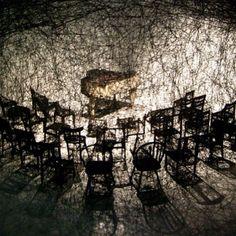 """In Silence"", de Chiharu Shiota. #installationart #installation #instalacaoartistica #instalacao #artes #arts #art #arte #decor #experience #experiencia #decoração #design #architecturelover #architecture #arquitetura #projetocompartilhar #davidguerra #shareproject #insilence #chiharushiota #insilencechiharushiota"