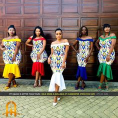 Image may contain: 5 people, people standing African Print Wedding Dress, African Bridesmaid Dresses, African Wedding Attire, African Wear Dresses, African Fashion Ankara, African Print Fashion, African Attire, African Prints, African Style