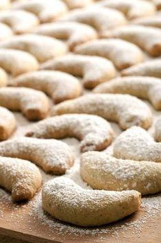 Petits croissants aux amandes
