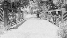 Abandoned bedstead Warren pony truss bridge over an unnamed Creek on Mingo Road south of 191st Street.