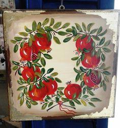 Ζωγραφική σε ξύλο Ceramic Painting, Fabric Painting, Felt Crafts, Diy And Crafts, Christmas Time, Christmas Crafts, Pomegranate Art, Diy Tie Dye Shirts, Golden Apple