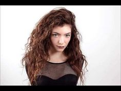 "Lorde performing ""Bravado"" live on KCRW"