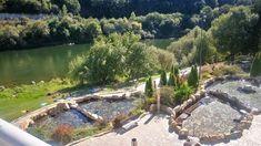 QUE VISITAR :: Alquilar casa ribeira Sacra Garden Bridge, Outdoor Structures, Outdoor Decor, Spa Water, Scenery