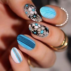 Pretty Teal and White Floral Nailart -
