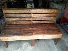 #Garden, #Outdoor, #PalletBench, #RecyclingWoodPallets I Made This Bench Out