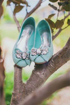 Chic Tiffany Blue wedding shoes - My Wedding Guide