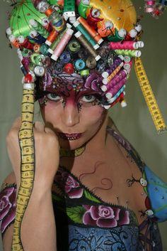THema Haute Couture. WK 2012 Paint Yol en Syl verberk Model Loes