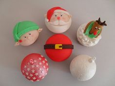 Christmas cupcakes  Cake by Enchantedcupcakes