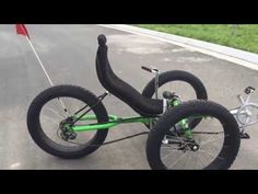 ZZMERCK 4130 Chromoly Fat Tire Recumbent trike show - YouTube