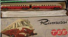 Rivarossi : L'automotrice double Breda Aln 442-448 401, livrée TEE rouge et crème Toys, My Style, Vehicles, Vintage, Red, Model Train, Activity Toys, Toy, Rolling Stock