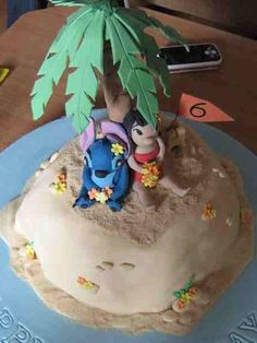 lilo and stitch cake by lindilu's (lin ), via Flickr 13