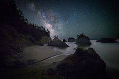 [OC] Secret Beach Oregon and the Milky Way [2048x1365]. wallpaper/ background for iPad mini/ air/ 2 / pro/ laptop @dquocbuu