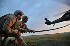 Army National Guard Soldiers with the 2nd Battalion, 20th Special Forces Group (Airborne) conduct fast rope insertion training as part of Operation Emerald Warrior, a multinational, joint force training exercise #USArmy