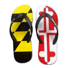 If ANYONE feels the need to get me a gift anytime soon, these would work just fine... Maryland flip flops!!!