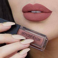 Matte Lipstick Shades, Nude Lip, Lipstick Colors, Lip Gloss Colors, Lip Colors, Gold Makeup, Lip Makeup, Eyeshadow Makeup, Makeup Brushes