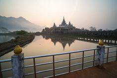 Kyauk Kalap Buddhist Temple in the middle of a lake at sunrise, Hpa An, Kayin State (Karen State), Myanmar (Burma), Asia