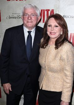 EVITA Opening Night: Phil Donahue & Marlo Thomas Danny Thomas, Marlo Thomas, That Girl Tv Show, Daddys Little Girls, Step Kids, Ricky Martin, Famous Couples, Opening Night, Famous People