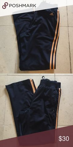 ADIDAS Women's Sweat Pants Adidas Women's Sweat Pants. Size Small. But a loose fit. A little piling by the front right pocket not noticeable. Otherwise in great condition Adidas Pants Track Pants & Joggers