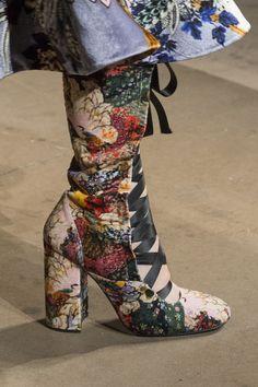 Erdem Fall 2017 Fashion Show Details - The Impression