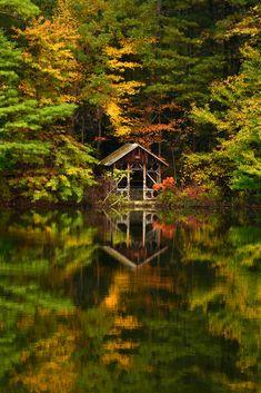 Saylors Lake, Saylorsburg, Pennsylvania, USA. Also ahhhh.