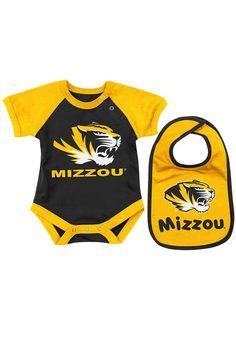 Missouri (Mizzou) Tigers Truman Infant / Baby Onesie and Bib Set