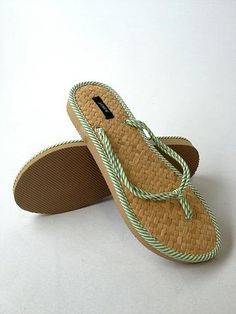 Women Size 7 J Crew Flip Flop - thredUP--USE CODE KPC35 to get 35% off + FREE SHIPPING off your entire order!!!!! :)