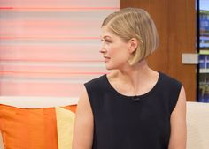 Rosamund Pike's Gone Girl bob: so sharp, it could be a murder weapon - Telegraph