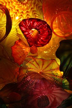 Chihuly Glass love the work of this artist