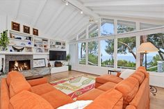 | Zillow Miranda Kerr's new home in Malibu, California, has an open ...