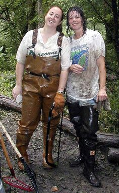 Mudding Girls, Pvc Hose, Wellies Rain Boots, Heavy Rubber, Walking In The Rain, Rain Gear, Wellington Boot, Cowgirl Boots, Outfit
