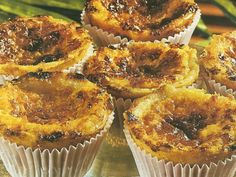 Finger Food Desserts, Mini Desserts, Delicious Desserts, Sweet Recipes, Real Food Recipes, Cake Recipes, Dessert Recipes, Portuguese Desserts, Portuguese Recipes