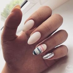 Want some ideas for wedding nail polish designs? This article is a collection of our favorite nail polish designs for your special day. Nail Art For Beginners, Best Nail Art Designs, Nail Designs For Spring, Almond Nails Designs Summer, Marble Nail Designs, Gel Nail Designs, Nail Swag, Nagel Gel, Matte Nails