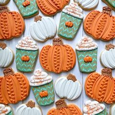 Anyone else SO ready for fall? When I saw the sweater pumpkin design by I was instantly obsessed and knew I had to… Fall Decorated Cookies, Fall Cookies, Iced Cookies, Cut Out Cookies, Cute Cookies, Royal Icing Cookies, Holiday Cookies, Cupcake Cookies, Summer Cookies