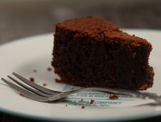 Prajitura de ciocolata cu migdale Food To Make, Brownies, Deserts, Gluten, Cooking Recipes, Keto, Cake, Sweets, Cake Brownies