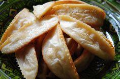 Les cornes de gazelle font partie des pâtisseries marocaine les plus prisées, les plus demandées et les plus friands.