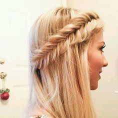 #FISHTAIL #HAIRSTYLE #hair #beautiful #girly #hairdo #blonde #hairspiration #fun #hairgoals