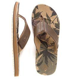 641a4595f7af95 44 Best Mens Sandals Flips images
