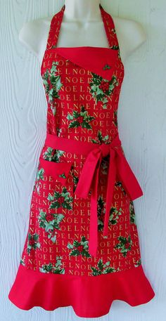 Retro Christmas Apron Christmas Floral Apron Holly by KitschNStyle