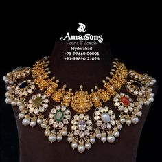 India Jewelry, Gold Jewelry, Gold Necklaces, Indian Gold Jewellery Design, Jewelry Design Earrings, Antique Gold, Chokers, Gold Designs, Jewels
