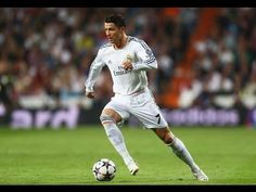 Cristiano Ronaldo dos Santos Aveiro is a world renown soccer player who plays with Real Madrid. He was born in Portugal to a working-class family. Cristiano Ronaldo Portugal, Cristiano Ronaldo Free Kick, Messi Neymar, Lionel Messi, Real Madrid, Best Football Skills, Cristiano Ronaldo Hd Wallpapers, Ronaldo Quotes, Santiago Bernabeu