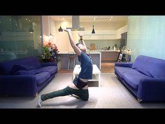 Akrobatik fortgeschritten: Hose ohne Hände anziehen  Mehr unter >>> http://a24.me/1pWrpym