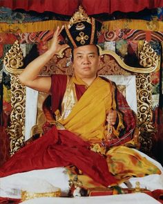 The most powerful, smallest and largest thing in the universe is the mind.  -- Rangjung Rigpe Dorje, 16th Karmapa