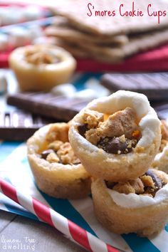 S'mores Cookie Cups | These s'mores bites do away with that pesky sticky finger problem, making them perfect for desk eating. @ctrochelman