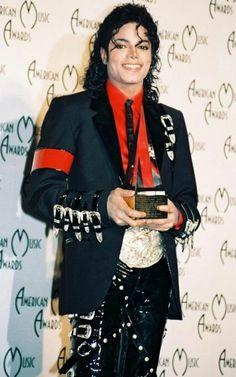 Michael Jackson - Micahel Jackson's Doctors: No Legal Charges