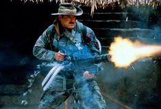 Jesse Ventura in Predator, Long before most of us knew he had been a Navy Seal. 80s Movies, Action Movies, Great Movies, Predator Movie, Alien Vs Predator, Predator Arnold, King Kong, Gi Joe, Aliens Colonial Marines