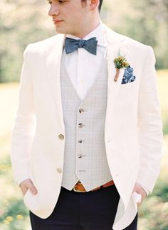 great look for the groom   Gracie Blue #wedding